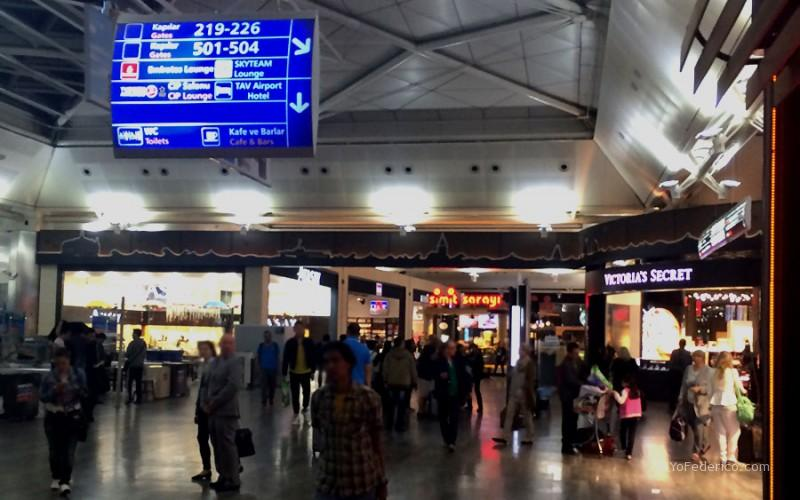 Aeropuerto-Ataturk,-Estambul,-Turquia