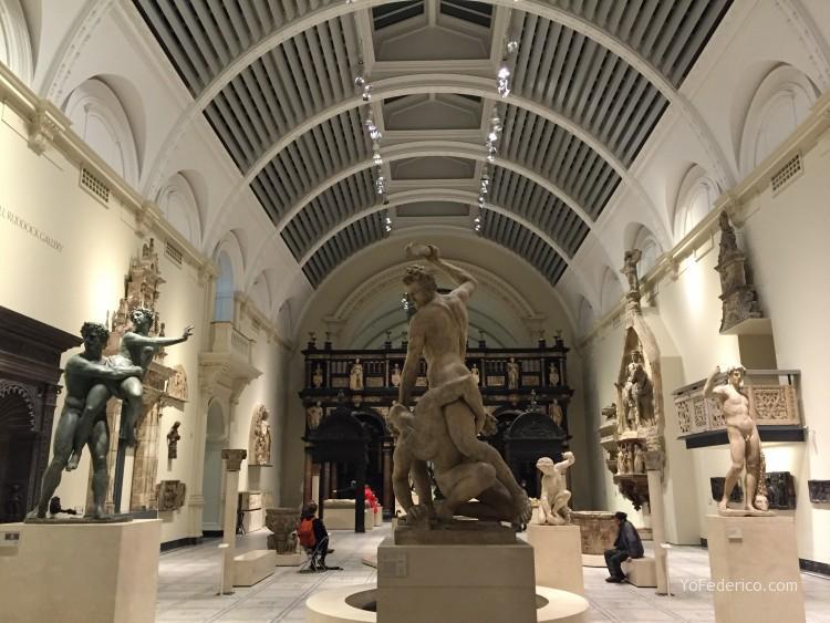 El espectacular Museo de Victoria y Alberto en Londres 5