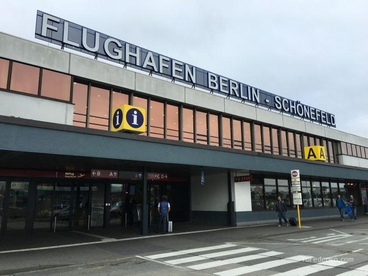 TransCómo ir desde el aeropuerto Schönefeld hasta la ciudad de Berlín 1